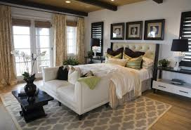Bedroom Master Bedroom Decorating Ideas White Fur Throw Pillows - Bedroom master decorating ideas