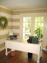 Striped Bedroom Wall by Remodelaholic Painted Horizontal Striped Office Walls