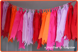 where to buy crepe paper a thrifter in disguise diy crepe paper party banner