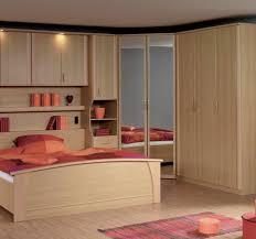 armoire pour chambre à coucher armoire 2 portes d angle mateo armoire d angle chambre adulte