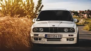 bmw wallpaper hd 2560x1440 wallpaper 2560x1440 bmw 325i e30 white auto mac imac