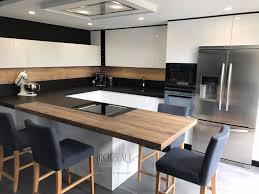 cuisine en bois design beautiful cuisine noir et blanc et bois pictures design trends