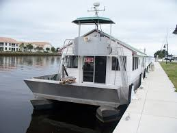 small houseboats manufacturers photo albums new gibson houseboat