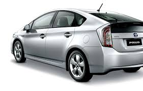 how toyota prius works toyota hybrid synergy drive technology inchcape toyota