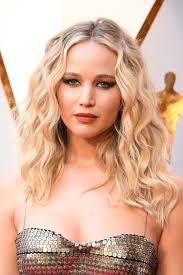 jennifer lawrence hair co or for two toned pixie jennifer lawrence hair hairstyles photos british vogue