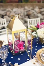 Lanterns With Flowers Centerpieces by 178 Best Wedding Centerpieces Images On Pinterest Wedding