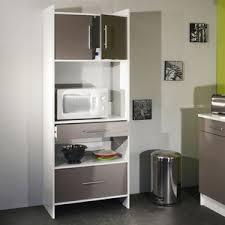 meubles cuisine pratique le buffet de cuisine est parfaitement équipé pour un
