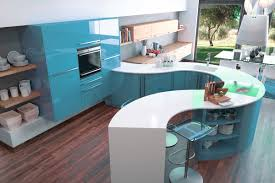 cuisine grise et agréable meuble de cuisine blanc quelle couleur pour les murs 14