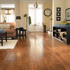 Living Room Flooring by Pergo Xp Highland Hickory 10 Mm Thick X 4 7 8 In Wide X 47 7 8 In