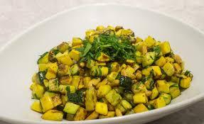 cuisiner courgette jaune de poêlée de courgettes aux pignons par alain ducasse