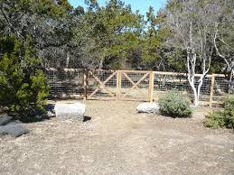 san antonio fence contractor wood fences san antonio commercial