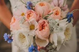 Diy Flower Arrangements How To Make A Diy Wedding Bouquet From Start To Finish A