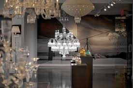 Baccarat Chandelier Baccarat S 170 000 Chandelier Lands In Nyc Ny Daily News