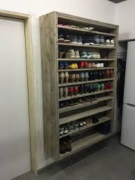 Build Shoe Storage Bench Plans by The 25 Best Shoe Rack Pallet Ideas On Pinterest Diy Shoe Rack
