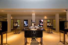 Aarons Dining Room Tables by Mr Aaron Taylor Technical Supervisor Of Patek Philippe Customer
