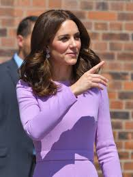 kate middleton u0027s hairstyle is a look you u0027ll want to print out for