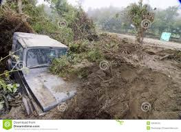 jeep mud jeep buried by mud editorial image image of flooding 20948240