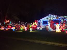 Fantasy Of Lights Los Gatos Holiday Light Tours Star Transportation