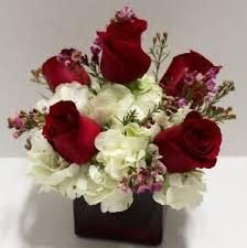 flower arrangement hearts on fresh flower arrangement in troy mi accent florist
