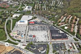 paramount realty services queensgate towne center
