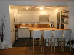 modele de cuisine ouverte sur salon modele cuisine americaine avec salon argileo