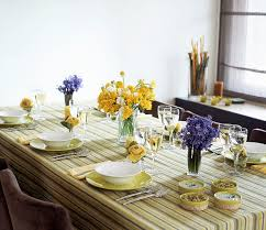 dining table arrangement dinner time youne