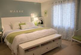 How To Decorate My Home by Small Bedroom Decorating Ideas On A Budget How To Can I Decorate