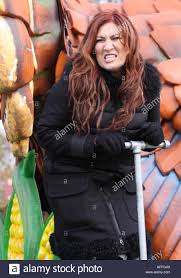 thanksgiving parade live country singer jo dee messina performs live at the 2016