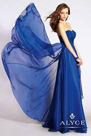 alyce paris prom 10 pretty flowy dresses you u0027ve got to see alyce