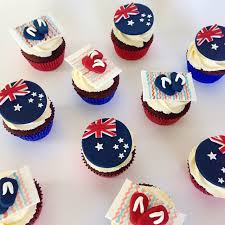 cutest australia day cupcakes complete with flag and thongs