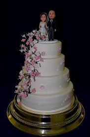 engagement cake designs what tools do you need for wedding cake decorating gourmet