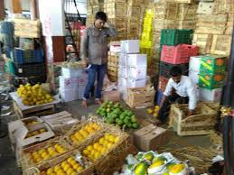 vashi market mumbaiites stock up on your veggies farmers are protesting by