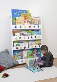 children bookshelves 1000 ideas about childrens bookcase on bookshelves