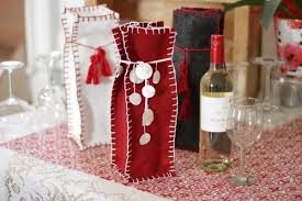 wine bottle gift bags tutorial felt wine bottle gift bag sewing