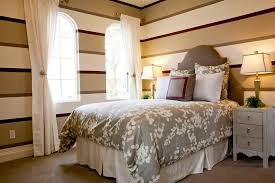 Neutral Colored Bedrooms - how to choose bedroom furniture for your small guest room