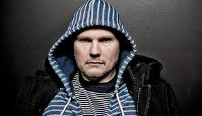 The Smashing Pumpkins Cherub Rock Acoustic by Why Billy Corgan Is Really Selling His Guitars Will Surprise You