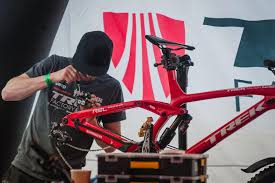 jeep mountain bike jargon buster learn about mtb brakes u2013 bike guide