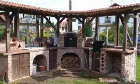 outdoor k che mauern outdoor küche sitzbänke garten gestalung ideen bilder