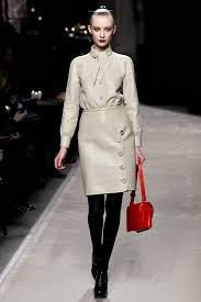 mode designer loewe news collections fashion shows fashion week reviews and