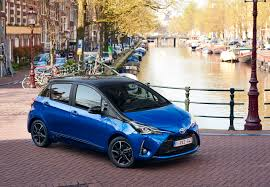 automobile toyota photos toyota 2017 yaris hybrid bi tone blue auto metallic
