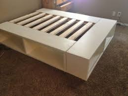 Building A Platform Bed With Drawers by Storage Bed Plans King Fpudining