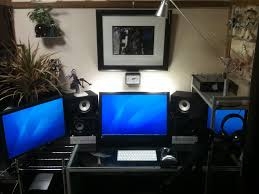 computer room ideas three monitor setup efficiently using a small workspace multiple