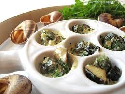 escargot cuisiné escargots en cassolette aux 3 chignons recette de cuisine