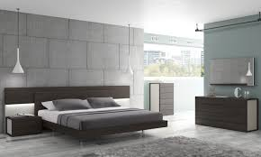 Wenge Bedroom Furniture J M Maia Platform Bedroom Set In Light Grey And Wenge