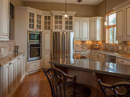 modern traditional kitchen ideas best 25 ivory cabinets ideas on ivory kitchen