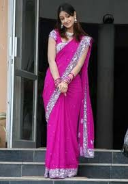 How To Drape A Gujarati Style Saree Different Ways To Wear A Saree Find Your Style