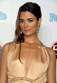 harmons hair stayles ncis cote de pablo in 11th annual entertainment tonight party sponsored