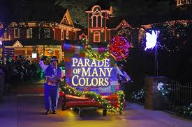 dollywood christmas lights 2017 dollywood s smoky mountain christmas lights trees and a parade