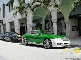 white bentley car that green white bentley
