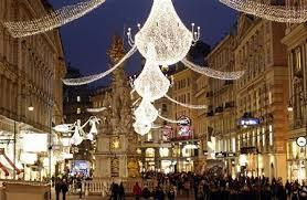 travel picks top 10 christmas decoration spots